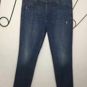 Levi's straight leg 505 medium wash blue jeans